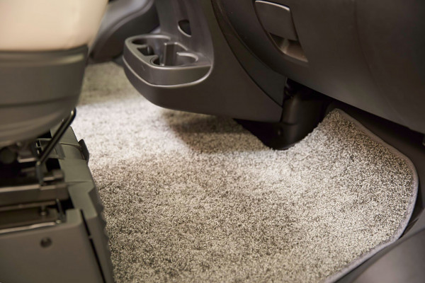 Driver cab carpet with a living room look - Sparkling Suede